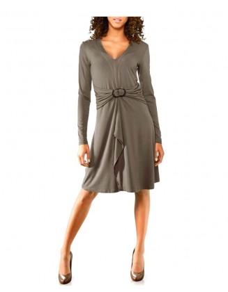 Suknelė su sagtimi