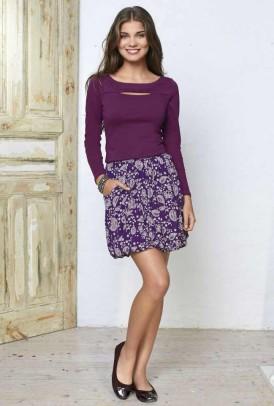 Violetinis margas sijonas