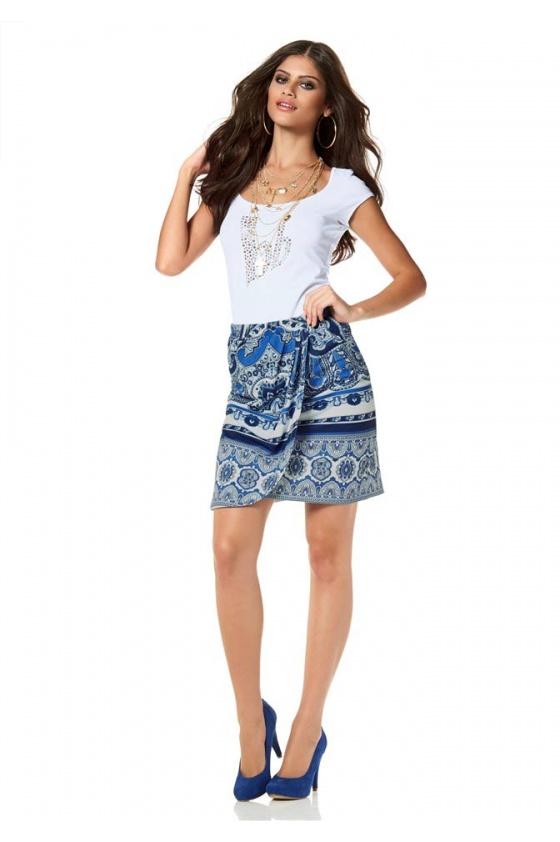 Raštuotas mėlynas sijonas