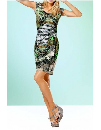 Žalsva suknelė su diržu
