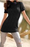 Juodas megztinis su apykakle