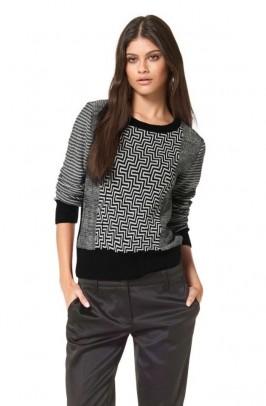 Raštuotas megztinis