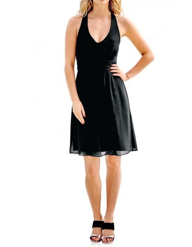 Maža juoda suknelė