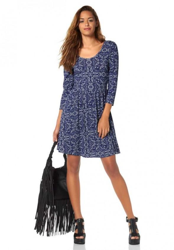 Marginta mėlyna suknelė