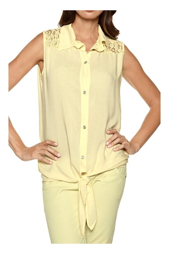Blouse with lace, vanilla