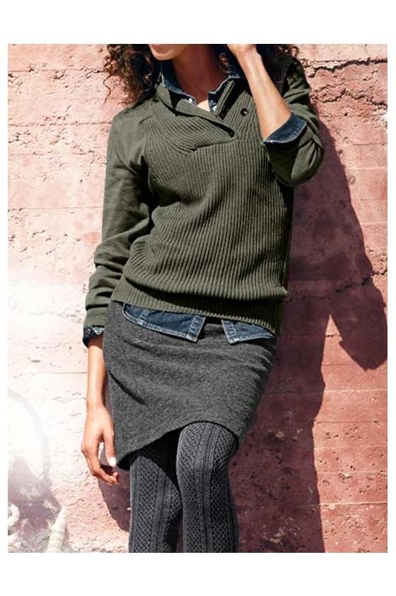 Chaki megztinis
