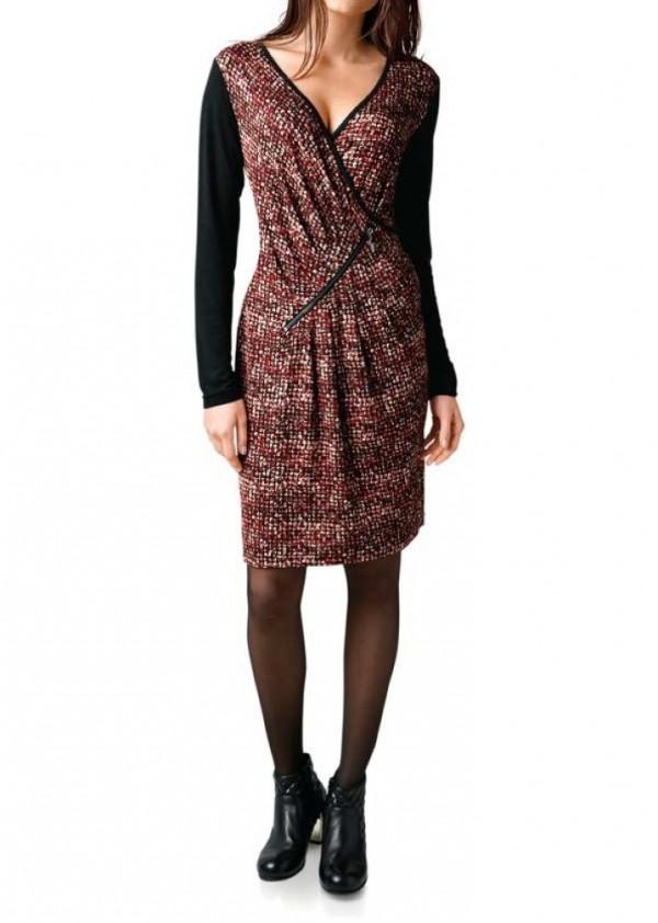 Raudona marga suknelė