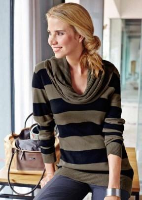 Turtleneck sweatshirt, taupe-navy