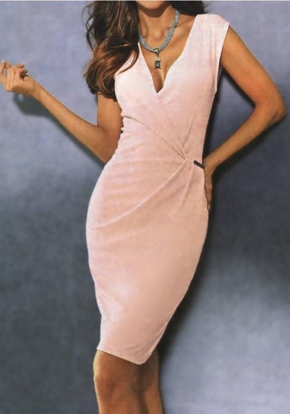 Pudros spalvos suknelė. Liko 44 dydis