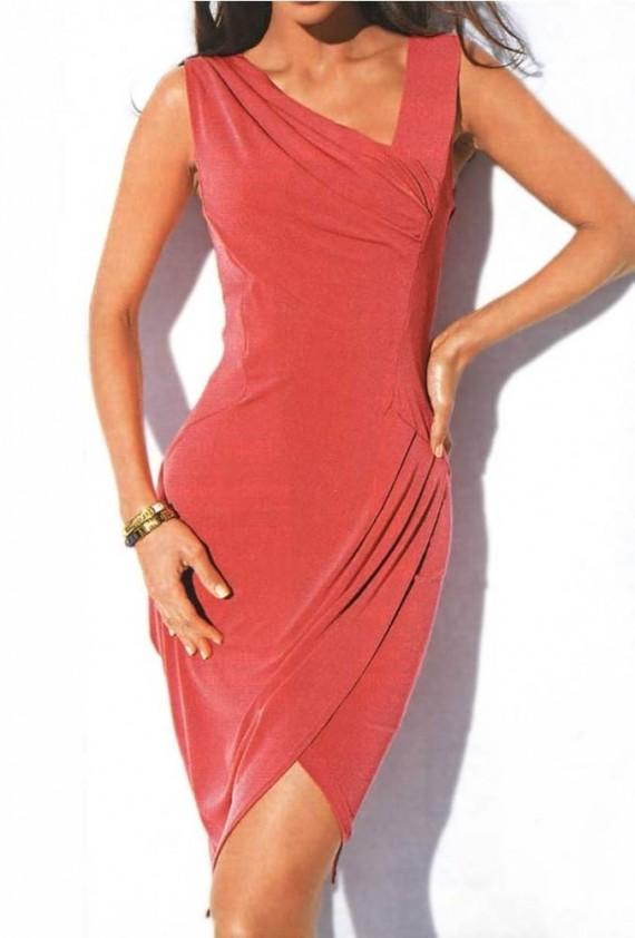 Koralo spalvos suknelė