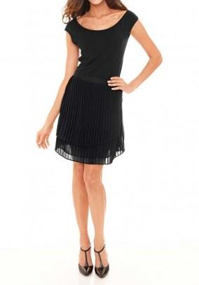 Juodas klostuotas sijonas