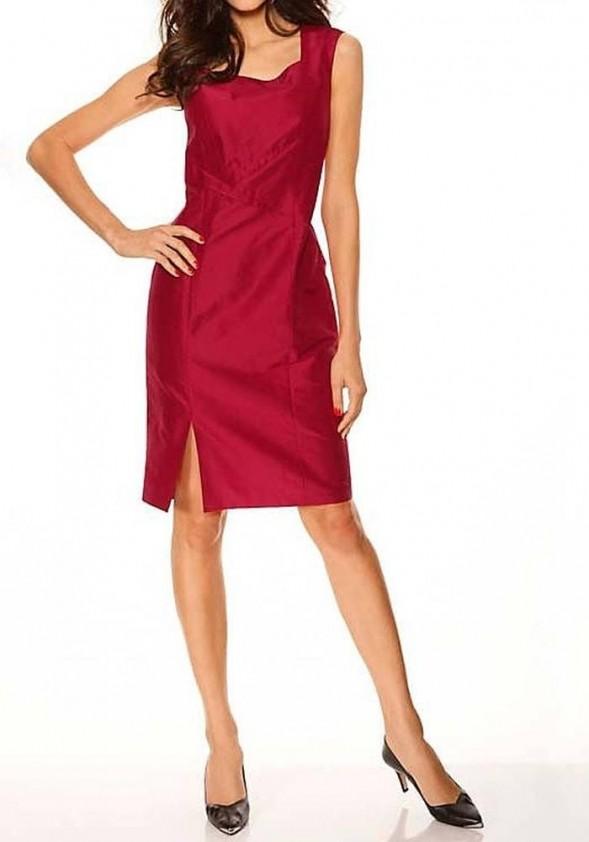 Raudona šilkinė suknelė