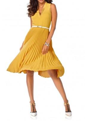 Geltona klostuota suknelė