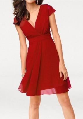 Puošni raudona suknelė
