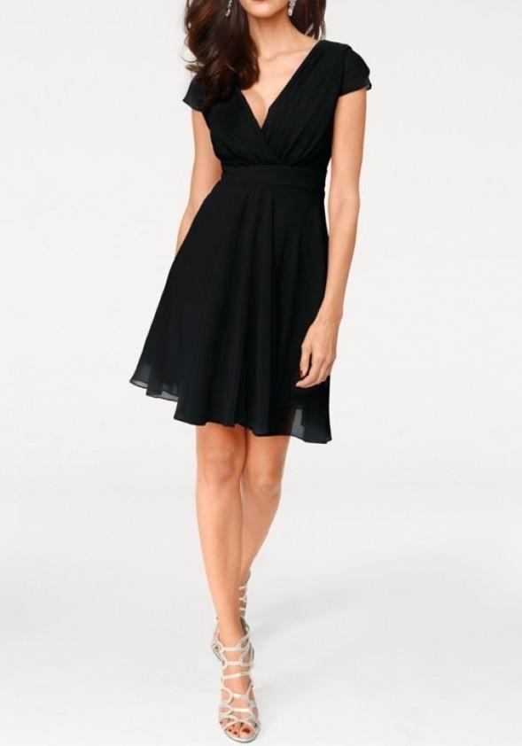 Puošni juoda suknelė