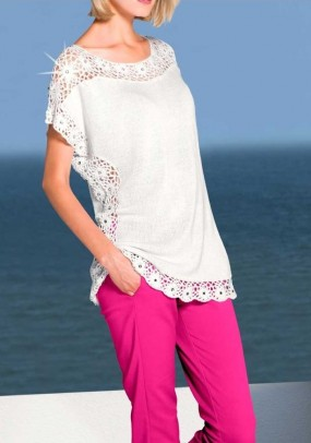 Shirt with crochet lace, cream