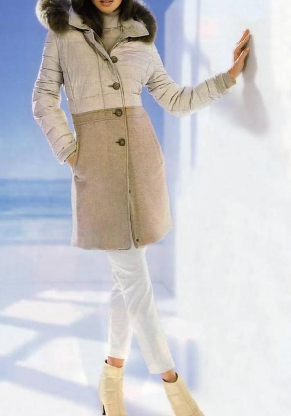 Stilingas paltas su vilna. Liko 38 dydis
