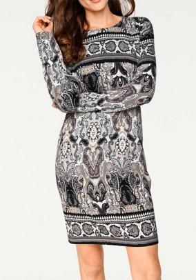 Pilka megzta suknelė