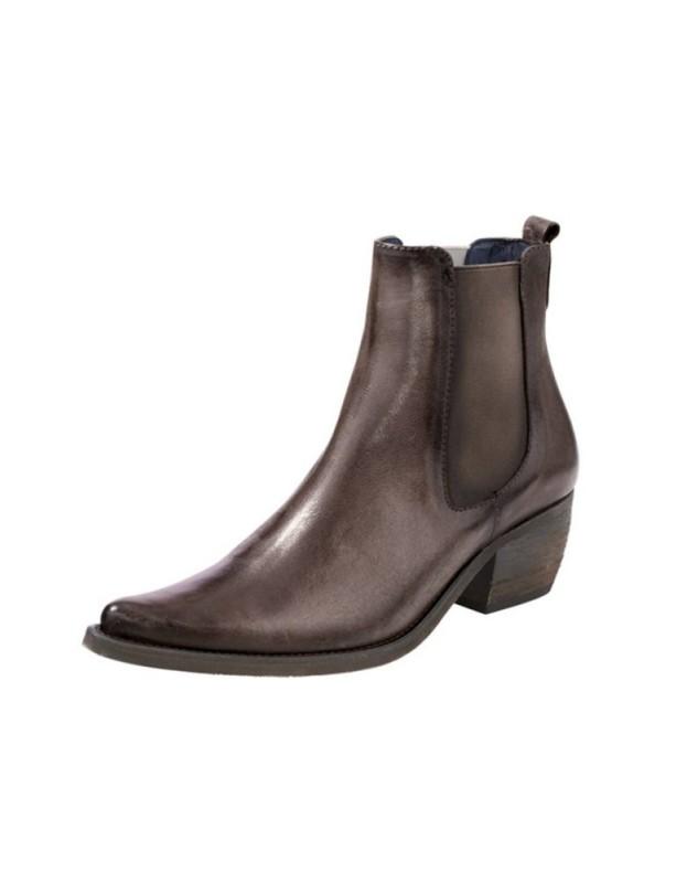 Rudi auliniai batai