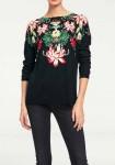 Juodas dekoruotas megztinis