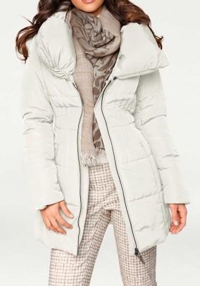 Žieminė balta striukė