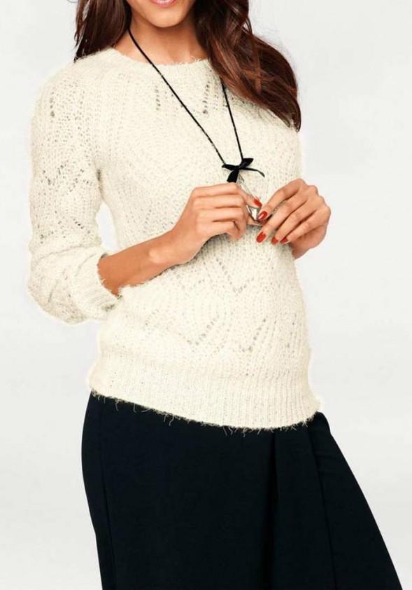 Šviesus minkštas megztinis