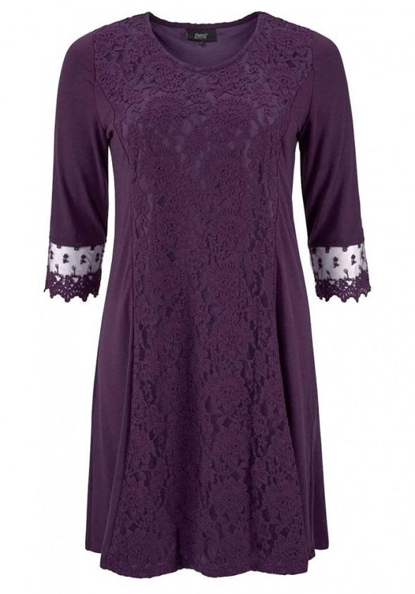 Violetinė suknelė su nėriniais