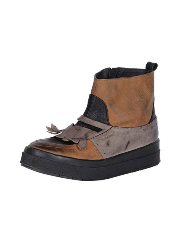 Ekstravagantiški odiniai batai