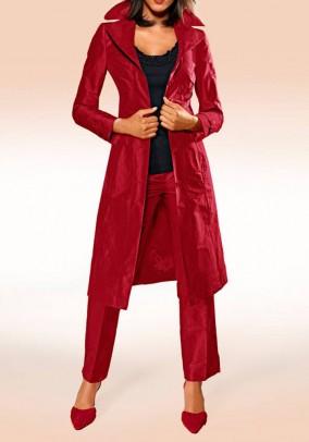 Raudonas šilkinis paltas