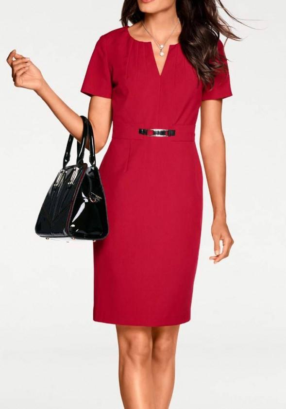 Raudona klasikinio stiliaus suknelė