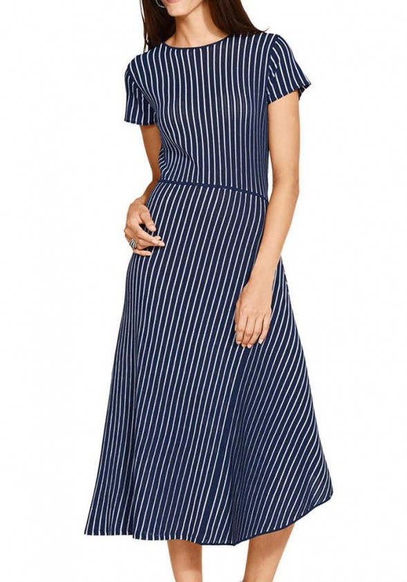 Asimetrinė dryžuota suknelė