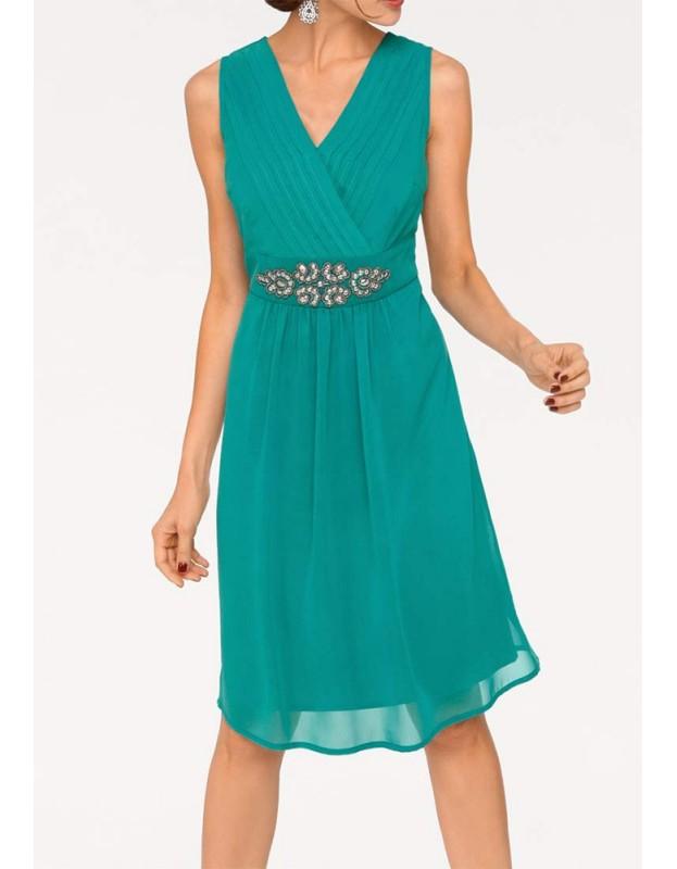 Smaragdinė vakarinė suknelė