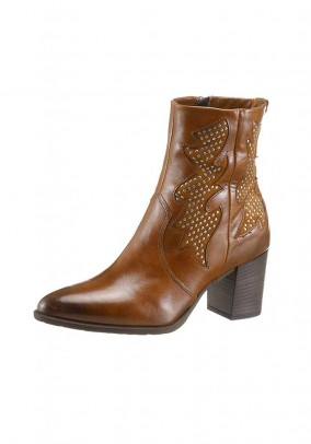 Leather boots, brown