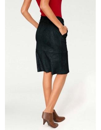 Juodas veliūro sijonas