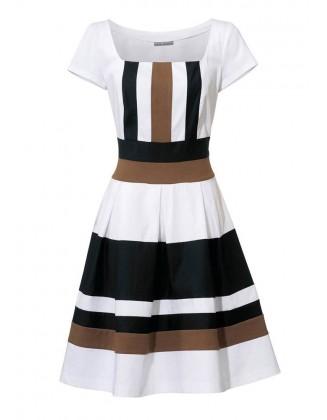 Klasikinė šviesi suknelė