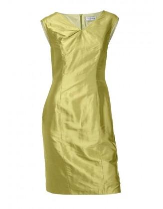 Žalsva šilkinė suknelė