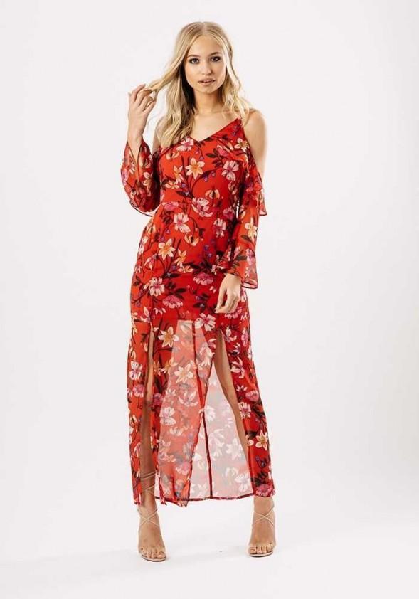 Ilga raudona suknelė. Liko 42 dydis.