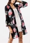 Juodas kimono apsiaustas
