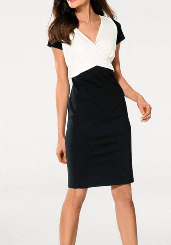 Klasikinė juodai balta suknelė