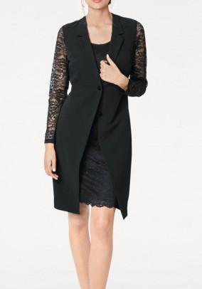 Švarko stiliaus juoda suknelė