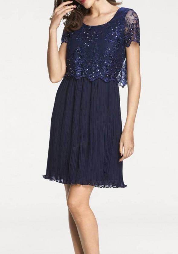 Tamsiai mėlyna vakarinė suknelė