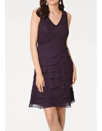 Puošni violetinė suknelė