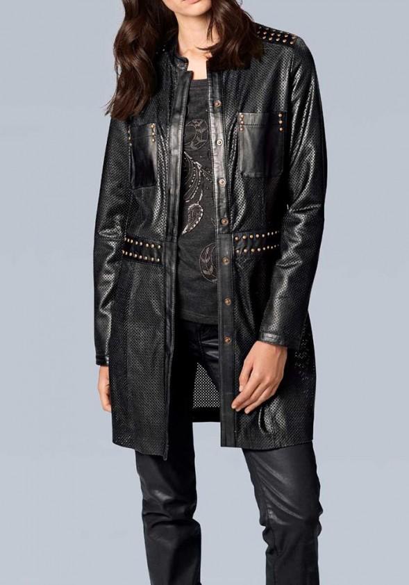 Juodas odinis paltas