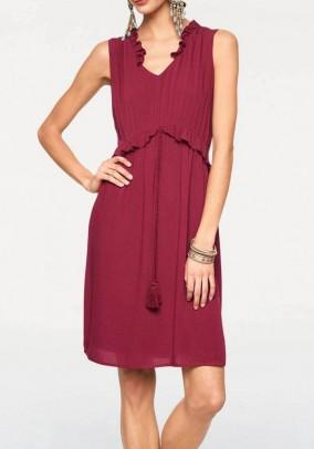 Bordo spalvos elegantiška suknelė