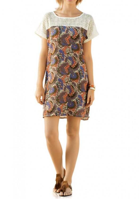 Marga suknelė su nėriniais