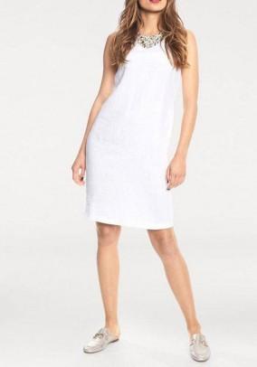Balta dekoruota lininė suknelė