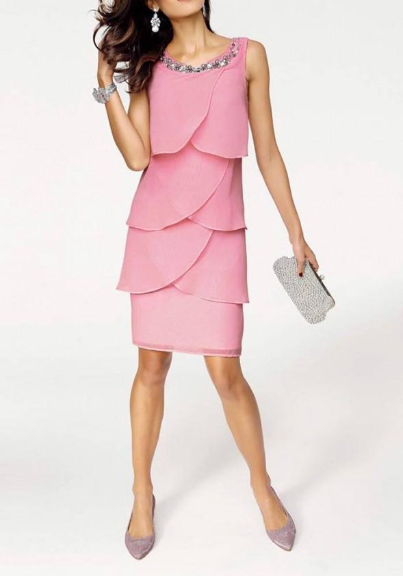 Sluoksniuota kokteilinė suknelė