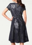 Puošni elegantiška suknelė