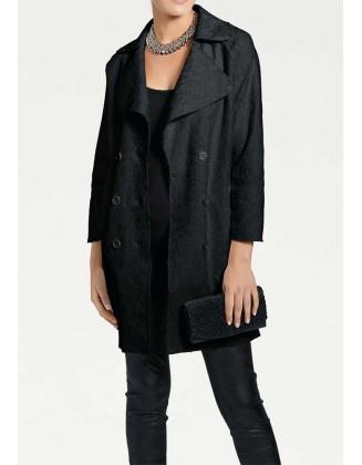 Juodas tekstūrinis paltukas