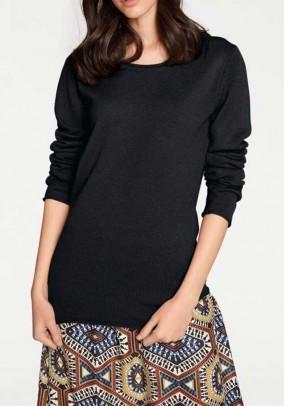 Klasikinis juodas vilnos megztinis